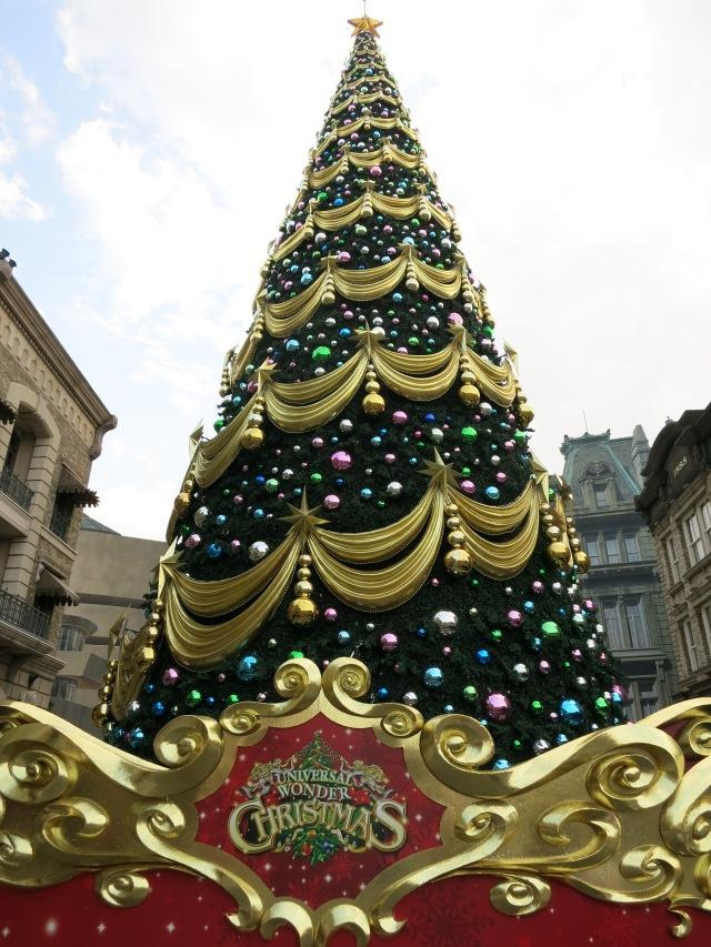 Christmas tree, Universal Studios Japan