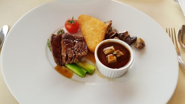 breakfast at Restaurant Petrus: angus beef for breakfast!